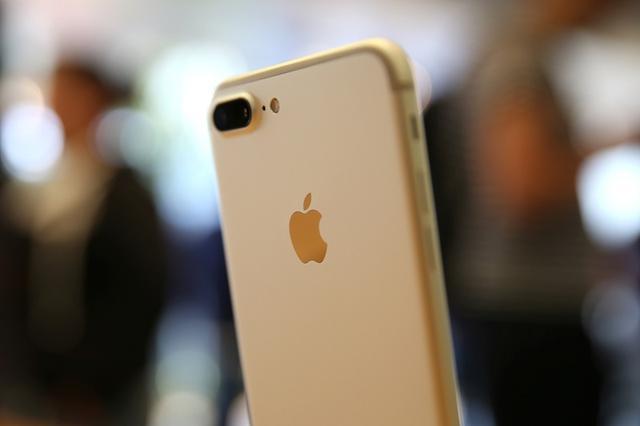 苹果承认调低部分 iphone 7 的基带速率,避免用户抱怨