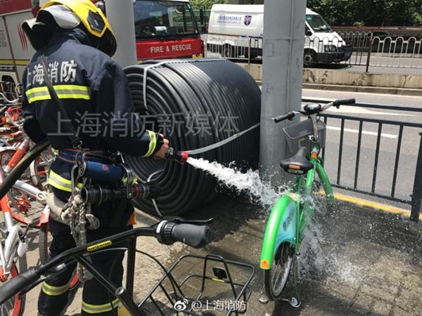 上海首例!共享电动车高温下突然自燃:吓人